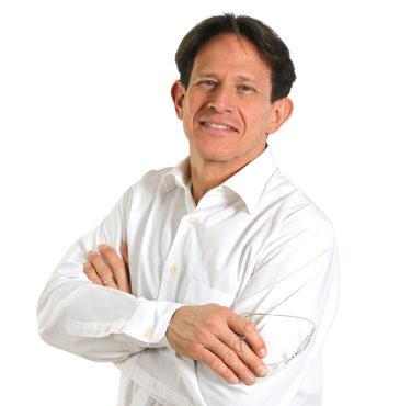 Dr. Ramón Luis Banchs - Dentista en Lucena, Herrera, Estepa