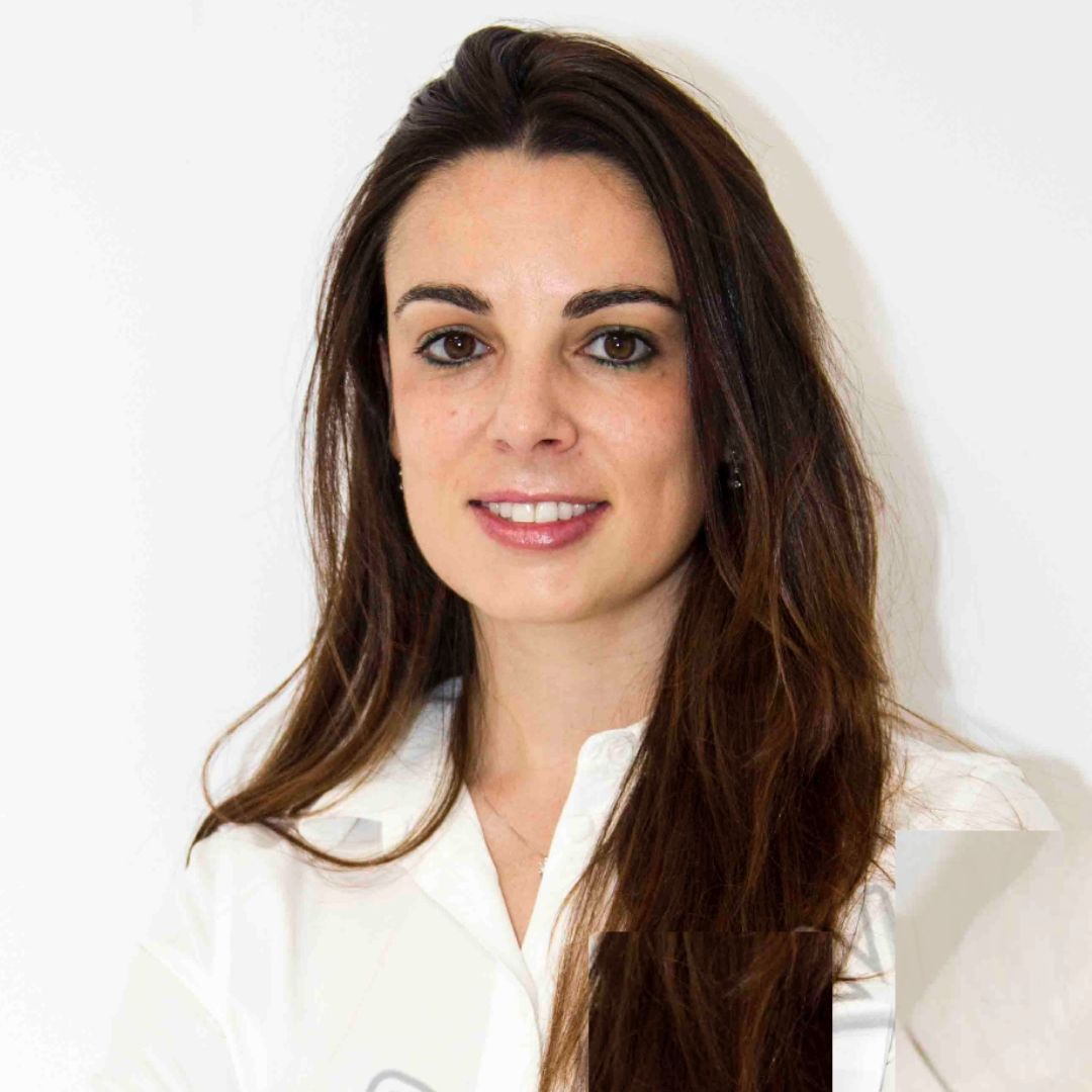 Dra. Maria Higuera-Dentista Valladolid