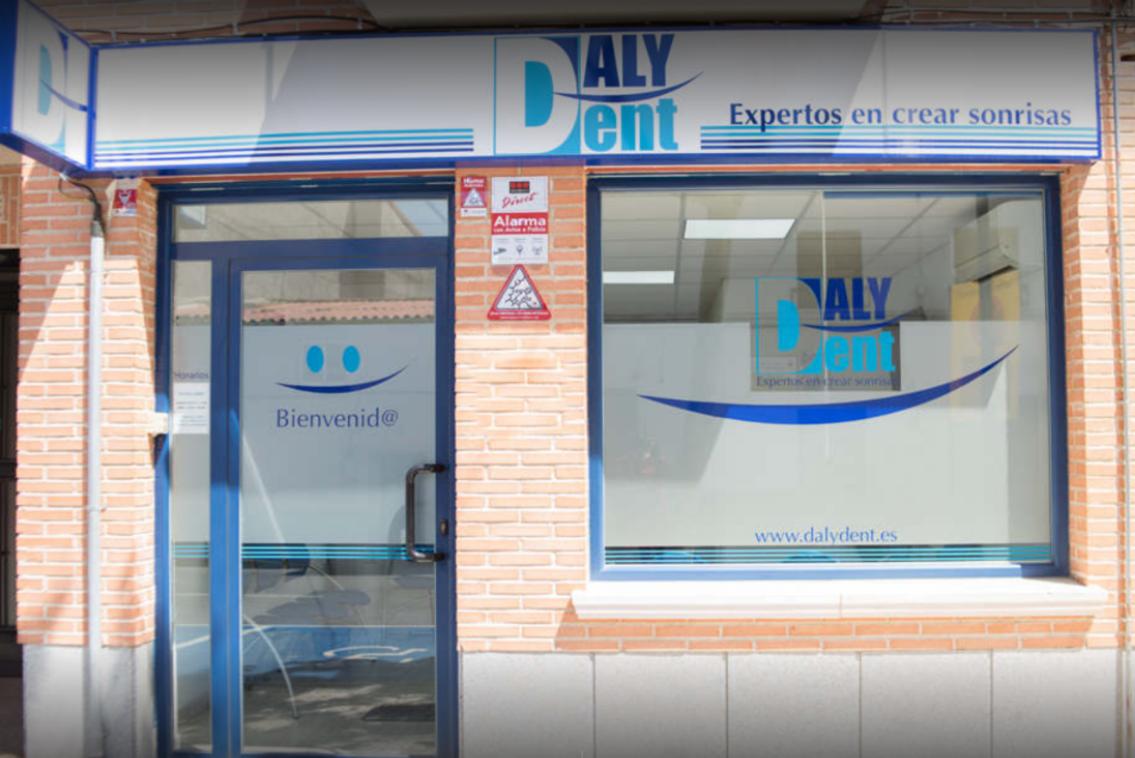 clínica dental en Valmojado y Casarrubios