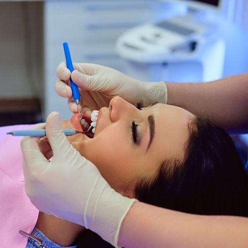 tratamiento de las carillas dentales